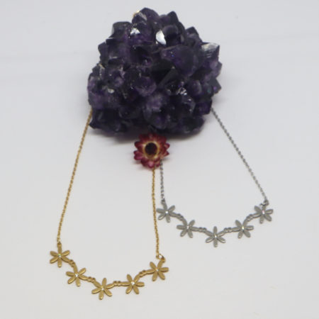 Collier couronne de fleurs