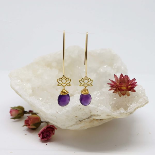 boucles d'oreilles en or jaune petit lotus