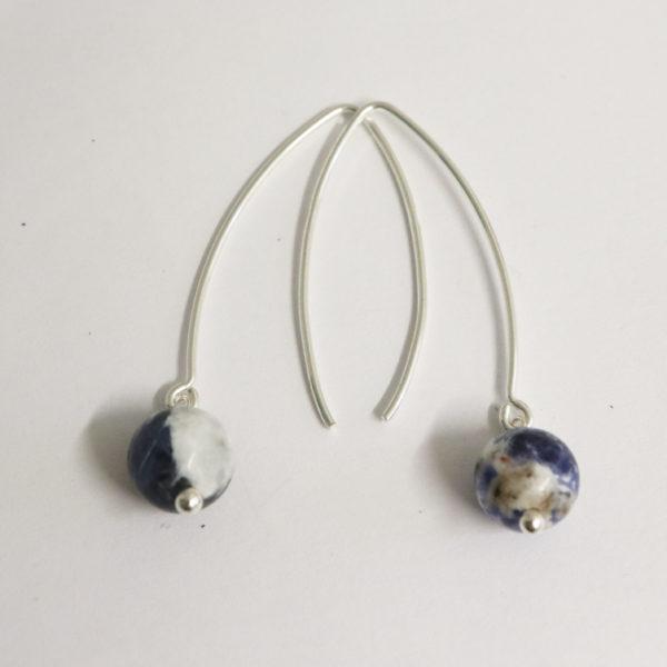 Boucles d'oreilles longues pierre ronde